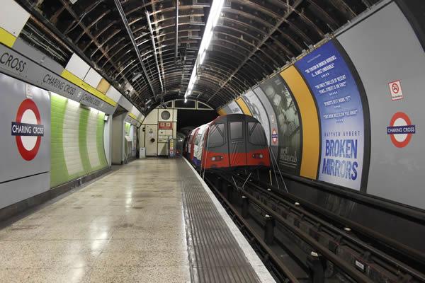 underground-tube-tent-2
