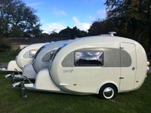 Barefoot vintage caravan uit Engeland