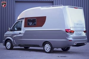 3C Cartier design camper