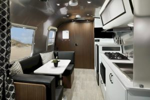 Airstream Caravel 22 model 2020