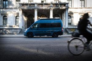 Hymer Free 'Bleu Evolution' buscamper