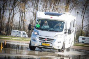 De NKC Camperdriving Experience moet de rijvaardigheid van camperaars verbeteren